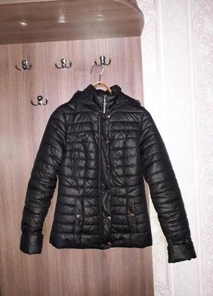 Черная куртка, демисезон