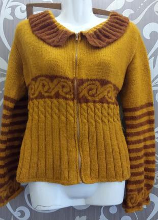 Тёплая кофта , свитер. ручная работа.