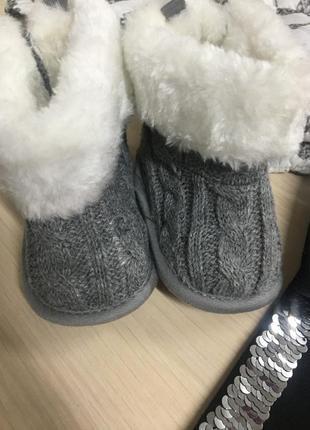 Взуття для бебіків