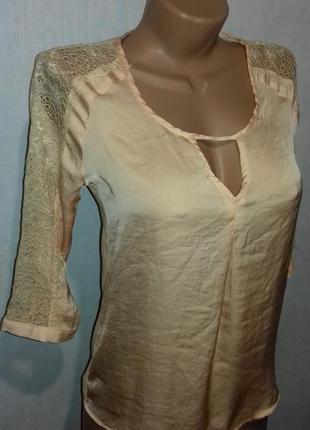 Кружевная блузка bershka