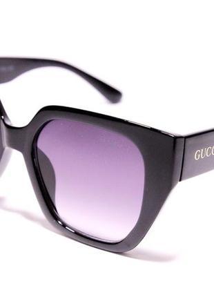 Женские солнцезащитные очки gucci