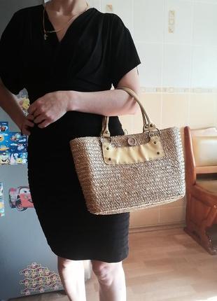 Соломенная плетёная сумочка