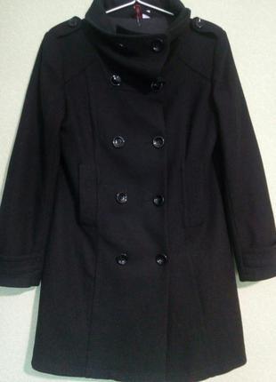 Стильное классическое демисезонное черное пальто h&m.размер 46- 48-50