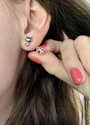 Серебряные сережки гвоздики котик и лапка