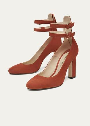 Кожаные замшевые туфли из натуральной кожи замши на высоком устойчивом каблуке