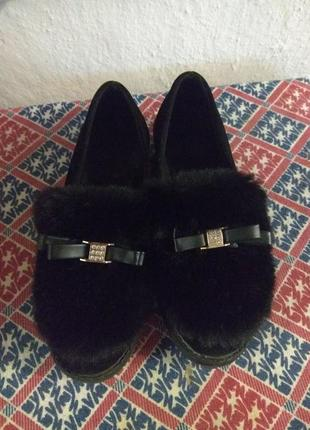 Женские туфли с мехом