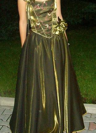 Вечернее длинное платье для выпускного