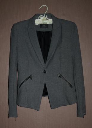 Стильный укороченный пиджак zara