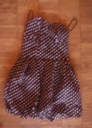 Платье в горошек на косточках