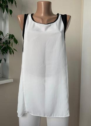 Чёрно белая блуза