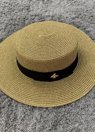 Женская летняя шляпа канотье с пчелой в стиле гуччи c люрексом золотая