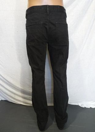 Оригинальные , стрейчевые  джинсы.