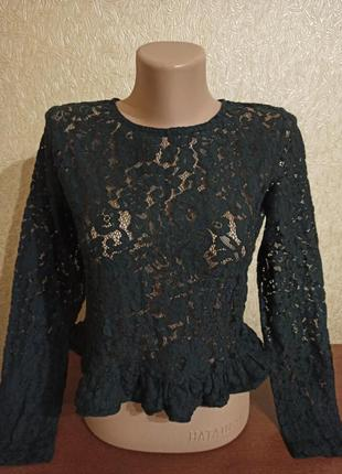 Кружевная блуза бренда mia