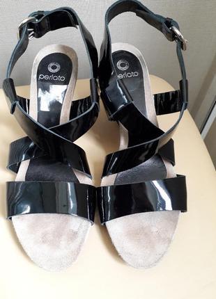 40 p perlato стильные лаковые босоножки сандалии perlato