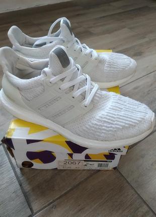 Adidas кросовки( оригінал)