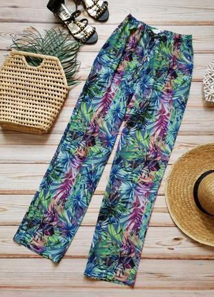 Крутые яркие летние брюки с карманами