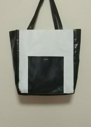 Calvin klein. сумка шопер. черное и белое.