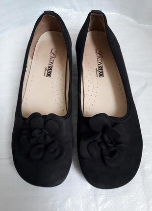 37,5 р. ladusko замшевые симпатичные туфли