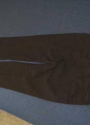 Стрейчивые брюки 16 р