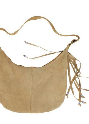 Замшевая сумочка на ремешке
