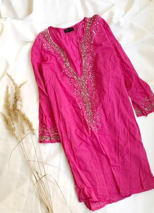 Летняя накидка пляжная парео кимано с пайетками / ярко розовая хлопковая футболка на пляж
