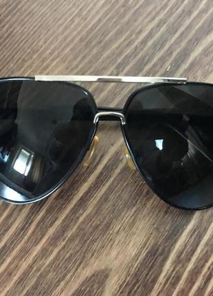 Солнцезащитные очки капли с черепками