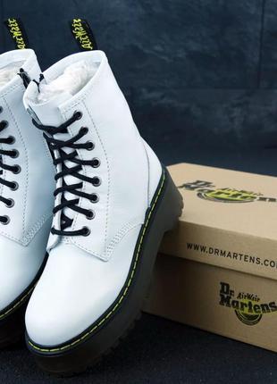 Ботинки женские dr. martens белые