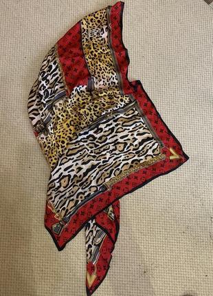 Шарф платок от louis vuitton леопард гепард тренд