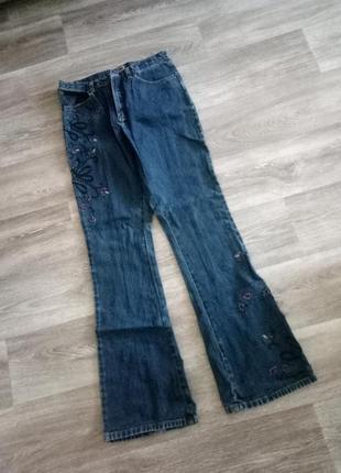 #розвантажуюсь  интересные актуальные джинсы с вышивкой из бисера 10
