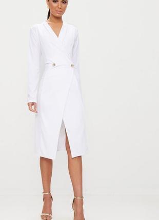 Белое платье миди с рукавами prettylittlething