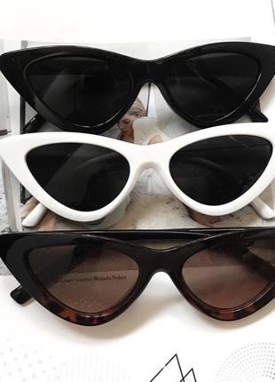 Солнцезащитные очки кошечки
