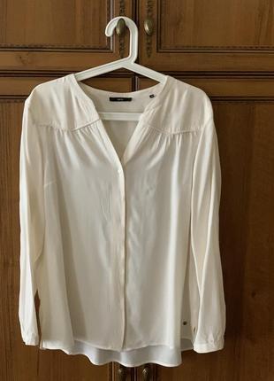 Элегантная рубашка-блуза кремового цвета с длинным рукавом