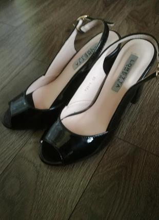 Туфли, босоножки loretta
