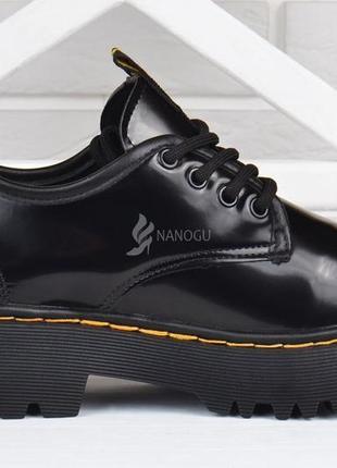 Туфли женские на платформе dr.martens style мартенсы стиль черные лакированные5 фото
