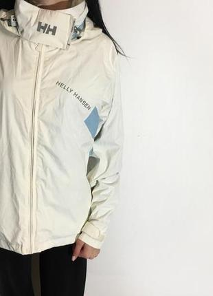 Женская куртка helly hansen