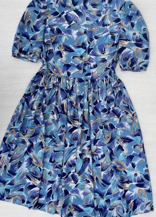 Красивое нарядное платье миди