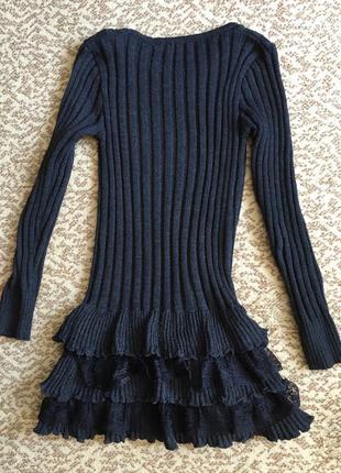 Тёплое шерстяное платье с кружевными вставками