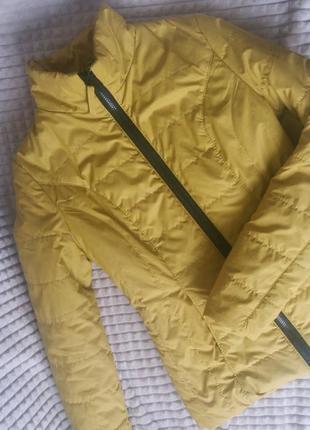 Легкая куртка на теплую весну или осень