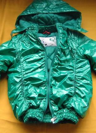 Красивая фирменная куртка,р.128-134