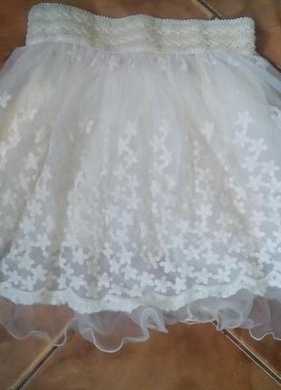 Пышная короткая фатиновая юбка