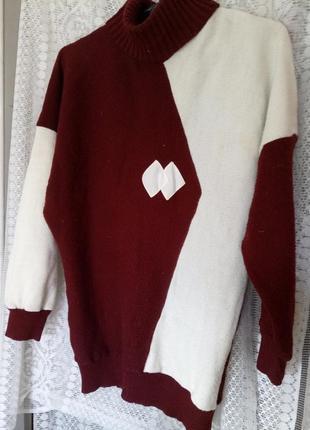 Оригинальнейший нарядный и актуальный свитер