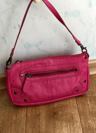 Милая малиновая сумочка