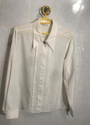 Белая блуза рубашка женская нарядная с воротником баской красивая