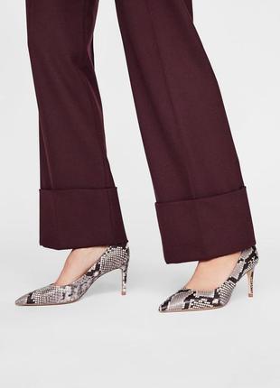 Кожаные туфли zara с животным принтом, размер 39, 40