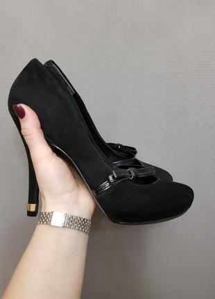 Туфли guess высокий каблук