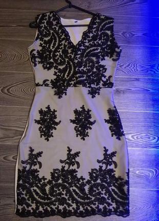 Шикарное, стильное, гипюровое платье