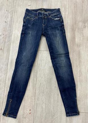 Классические синие джинсы!