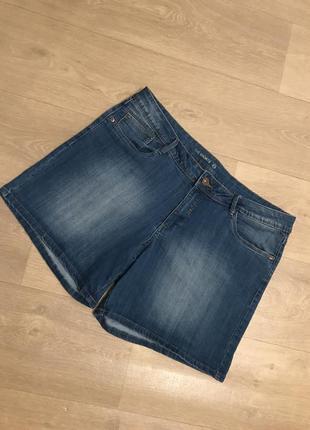 Красивые качественные джинсовые шорты c&a,батал, большой размер