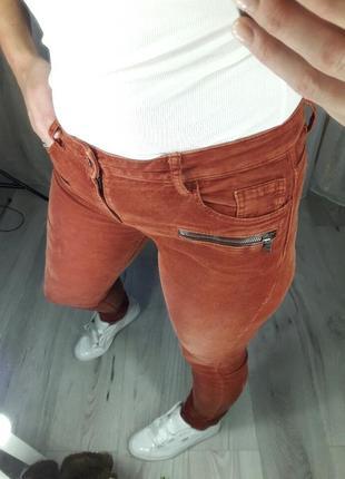 Шикарные рыжие вельветовые штаны!!!!! бренд  esprit