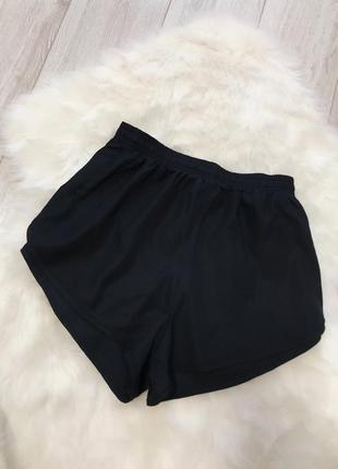 Спортивные шорты размер с сзади с кармашком crane